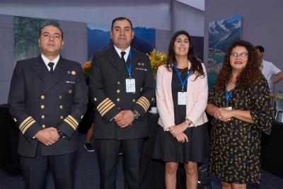 Esteban Ávila - Cap. De Corbeta, Juan Gajardo - Cap. De Navío, Leyla Miranda y Angélica Pino