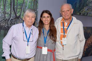 Gerardo Rojas - Dir. Medio Ambiente Muni Vitacura, Laura Ortega y Jaime Torres - Pdte. Comité Ambiental Muni. Vitcura